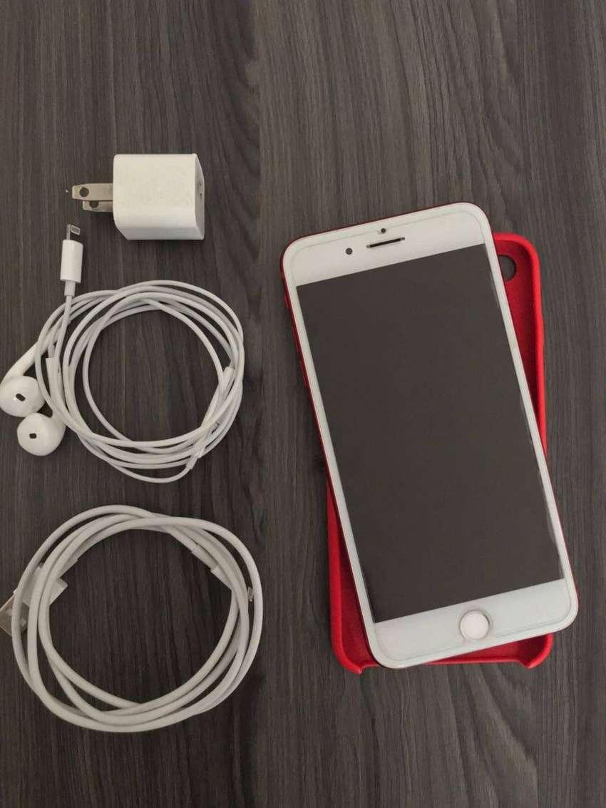 iphone 7 plus Red  10/10 0