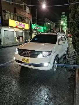 Toyota Fortuner 2014 automatica