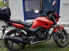 Se vende moto hero Thriller 150 2015