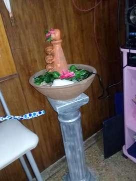 Vendo fuente de agua con columna decorativa y mss