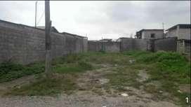 Se vende un solar en la Coop.Gran colombia cerca de la vía principal