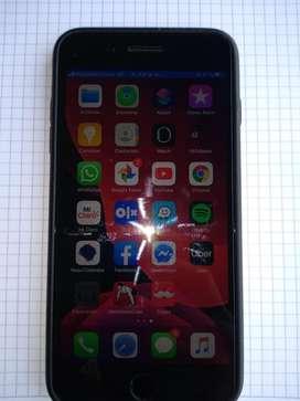 Vendo o cambio iphone 7 plus negro colo negro mate sin un rayon de 32 gb cambio por samsug de la misma gama