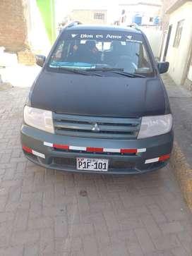 Se vende auto Mitsubishi automático del año 2002 precio a tratar
