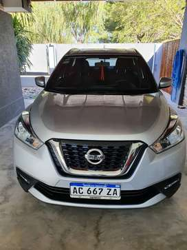 Nissan kicks advance 1.6 CVT única mano 21600 km