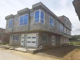 casa esquinera a media cuadra del terminal de transporte,dos pisos,dos apartamentos en la parte de arriba.etc