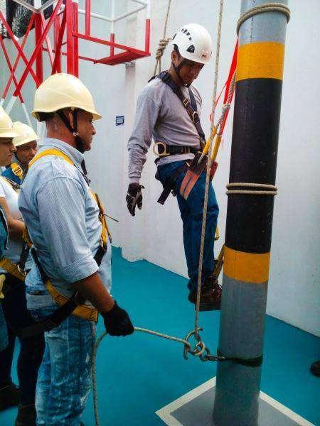Curso de alturas para trabajo en alturas