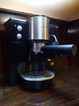 Cafetera express digital Atma 9196xe