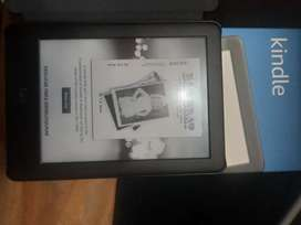 Kindle Amazon Luz Integrada 6pulg 10ma Gen 8GB - Negra