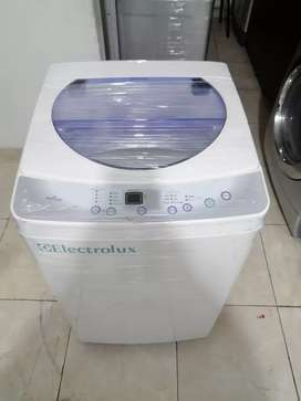Lavadora electrolux 19 libras, color original, blanco