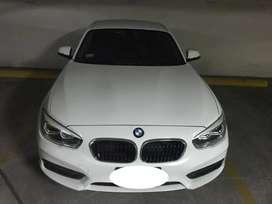 BMW 120i como nuevo