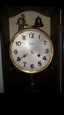 Reloj jawaco de cuerda antiguo