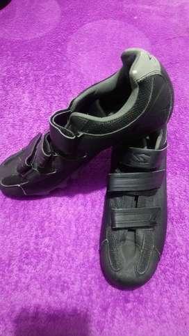 vendo  zapatillas para ciclismo