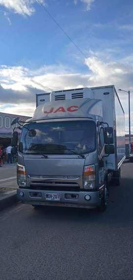 JAC modelo 2017 furgón en fibra de  vidrio thermo king temperatura menos 18