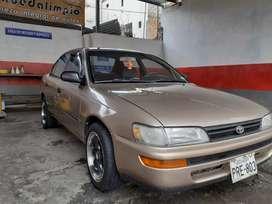 Vendo Toyota Corolla 1.6 con A/C Flamante