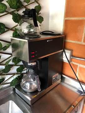 Cafetera Comercial BUNN - 1 meses de uso + 10000 filtros + jarra de vidrio adicional