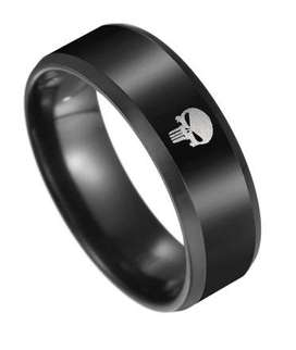 Anillo de Acero Inoxidable negro para hombre: The Punisher