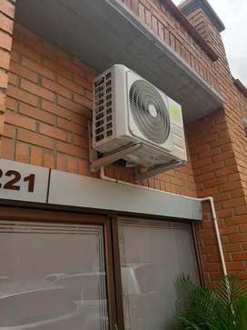 Se vende aire acondicionado tipo minisplit inverter de 12.000Btu