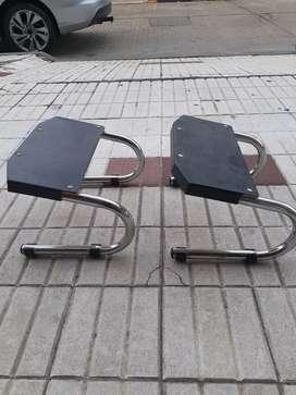 Vendo sillones de peluquería usados y apoya pies.