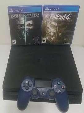 PS4 Slim 1 TB + 2 Juegos físicos