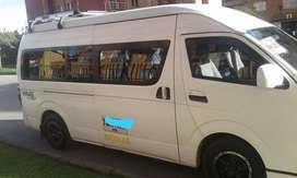 Ofrezco microbus para servicio escolar y/o empresarial