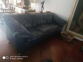 Sala en cuero sofá y poltronas
