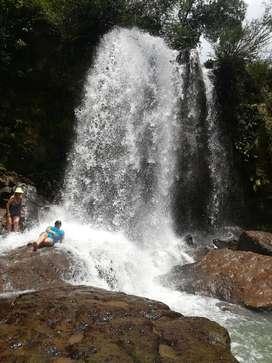 Piscinas del Guejar y Cascada Caño Lajón
