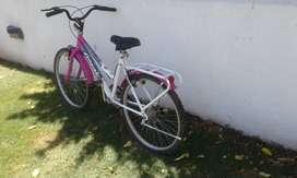 Bici niña Tomaselli, modelo Lady R24 - Bici R26 Hombre- Porta bicicletas