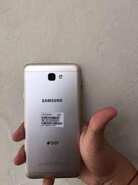 Celular marca Samsung j7 prime
