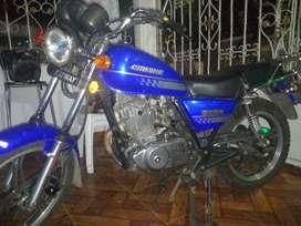 Vendo moto empire owen