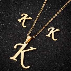 Collar letras en acero inoxidable