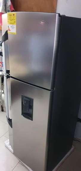 Nevera haceb de 257 litros saldo de almacen nueva