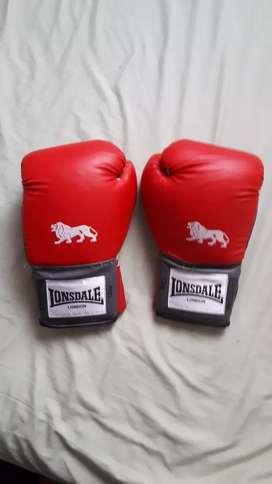 Guantes de boxeo usados