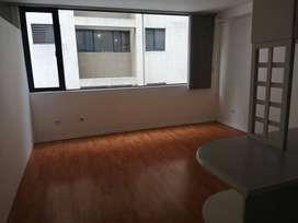 Alquilo suite 5TO piso 54 m2 sector Universidad Católica con Walking closet