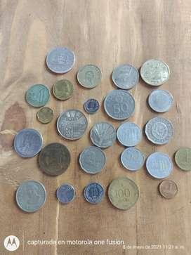 Lote de monedas antiguas.