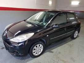VENDO/ PERMUTO/ FINANCIO - Peugeot 207 XS 1.4 HDI (Diesel) - Año 2012  -