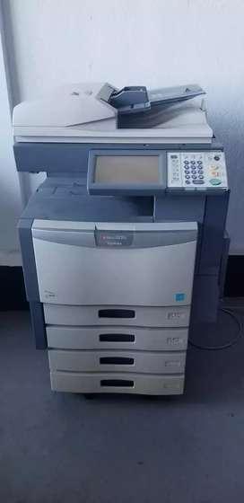 Fotocopiadora Láser Toshiba estudio 2830C