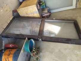 Puertas en aluminio con vidrio templado 76 x 203cmdo