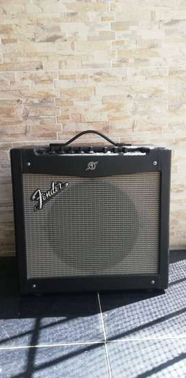 Amplificados Fender Mustang II