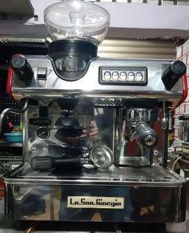 Capuchinera maquina de cafe cafetera espress con Molino