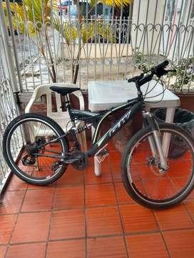 Bicicleta GW montañera