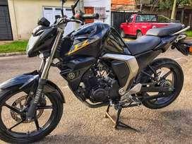 Vendo/permuto Yamaha Fz Fi 2.0