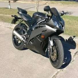 Moto Yamaha R6