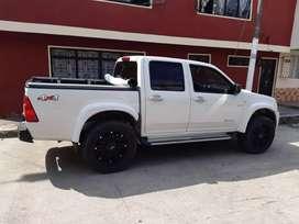 Vendo camioneta Dimax 4x4 modelo 2010