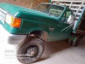ford 350 4X4 todo original