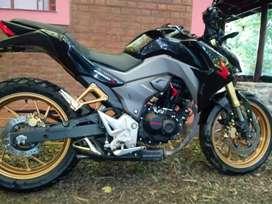 Vendo HONDA CB190R
