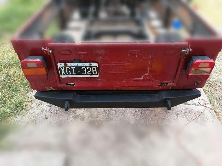 Paragolpe Trasero Jeep. Bumper 0