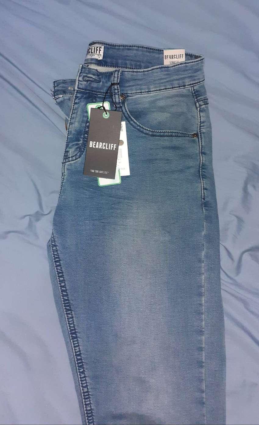 Pantalon jeans bearcliff Original talla 32 0