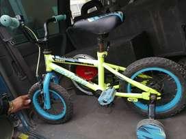 Se vende bicicleta casi nueva