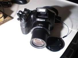 Cámara Semi Reflex Sony Cyber-Shot - 20.1 MP DSC-H200 26x Óptical Zoom