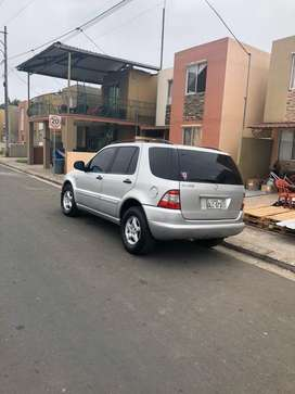 Mercedes benz ML230 tipo jeep